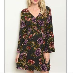 Black & violet V-neck floral print shift dress